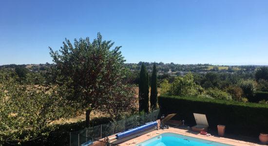 Villa 9 pièces – Saint Jean –  270 m² – 600000 €
