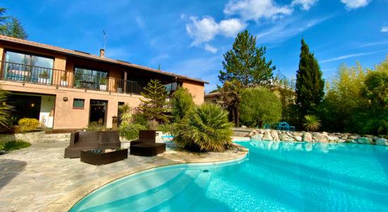 Villa 8 pièces – Beaupuy – 832000 €
