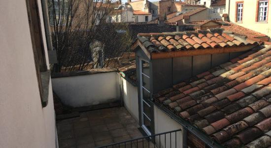 T3 aux Carmes avec terrasse – 974.96 €